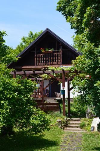 Na Okic - a private forest oasis, Klinča Sela
