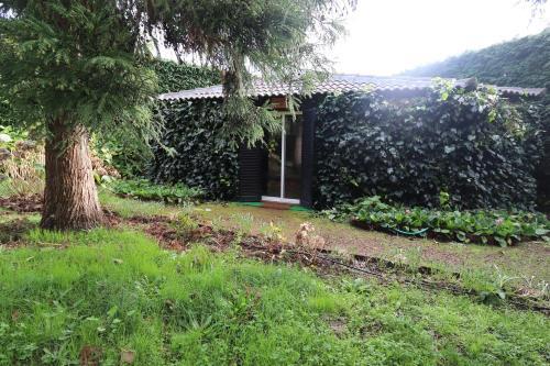 Cabana do Jardineiro: Garden cottage, Santa Cruz