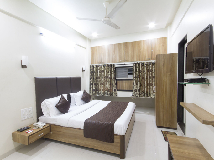 OYO 935 Hotel Palkhee, Mumbai Suburban