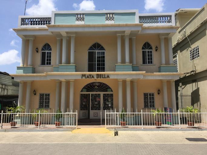 Maya Bella Downtown Hotel,