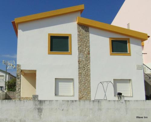 Wave Inn - Beach House, Peniche