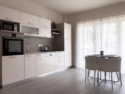 Exclusive Home, Pécs