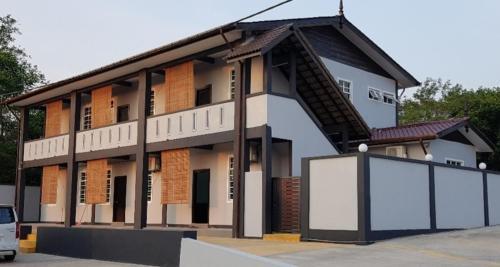 AMINA GUEST HOUSE, Kuala Krai