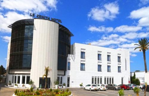 Zenith Hotel Oran, Es Senia