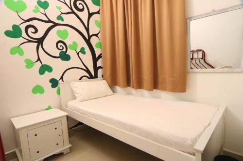 Cozy 3 Storey W/ 7 Rooms 5min Drive to Gurney, Pulau Penang