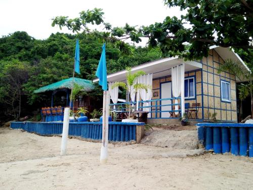 Bolo Beach Santorini- private beach property so close to Hundred Island, Alaminos City