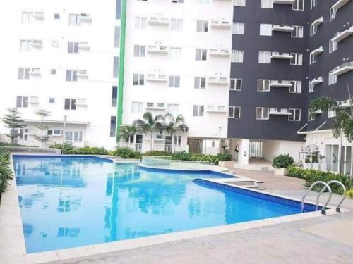 AMAIA SKIES 3MIN WALK TO MRT AND MALLS, Quezon City