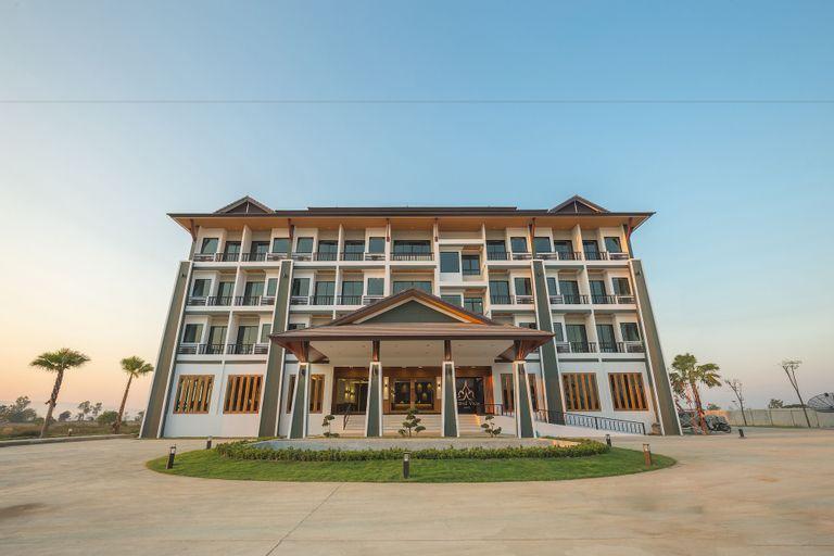 Grand View Hotel, Thoeng