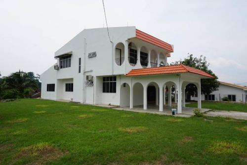 D' Paradise Villa Home, Raub