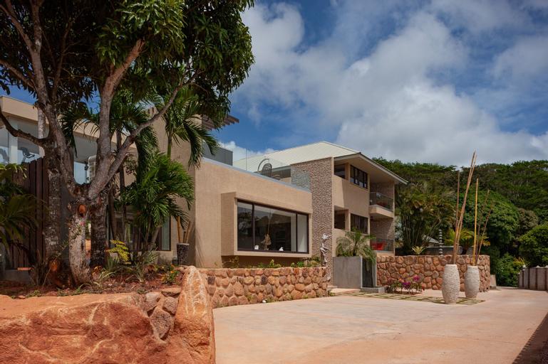 Le Duc Hillside Villas,