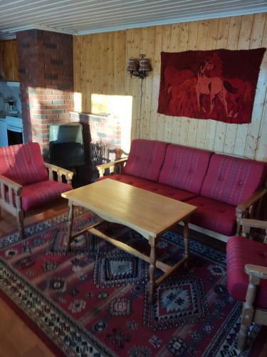 Knutebu Two-Bedroom Cottage, Hol