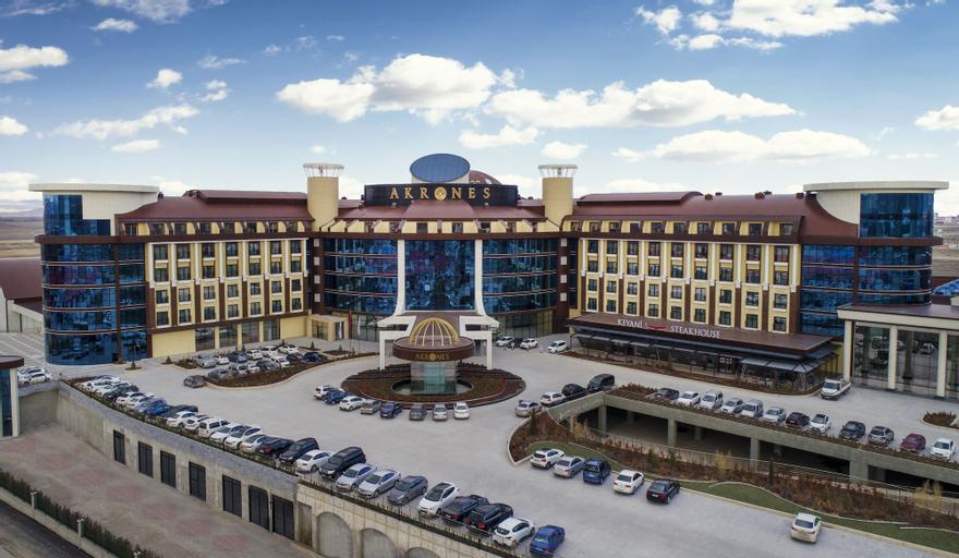 Akrones Thermal Spa Convention Hotel, Merkez