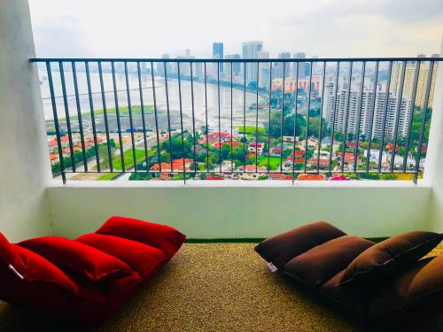 Ocean View Co-Living Space with Fast WiFi, Pulau Penang