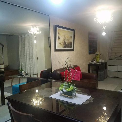 4V's Guesthouse at Pontefino Batangas, Batangas City
