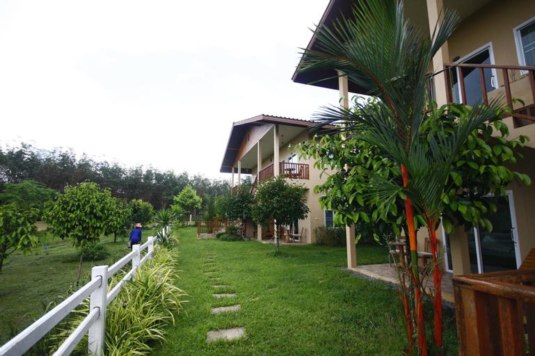 Our Eco Farm, Makham