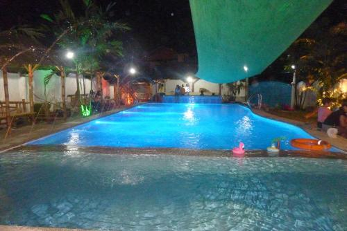 Ocean Garden Pool Resort, Naga City