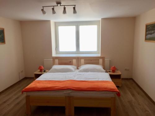 Jeruzsalemhegyi Apartman, Veszprém