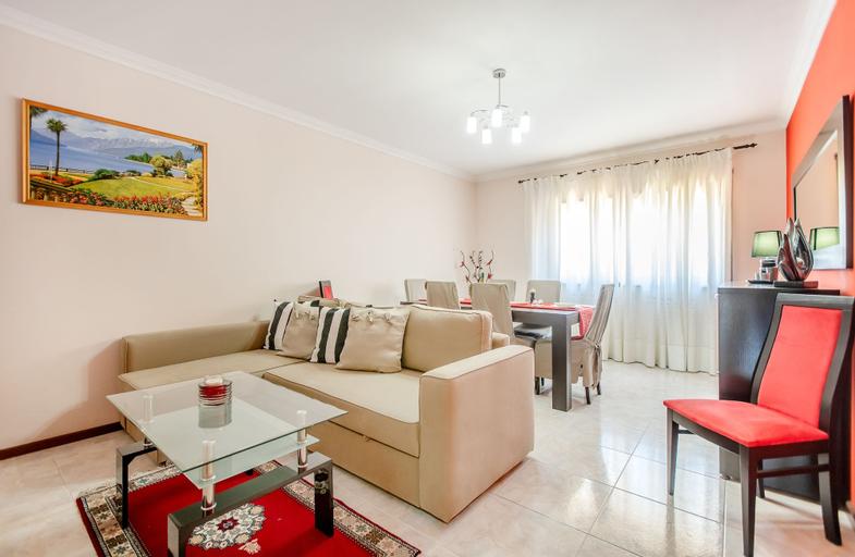 Espinho Family Stays Apartment, Espinho