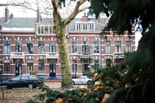 Oranjepark, Dordrecht