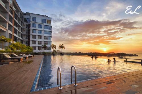 Elegant Living @ Pelagos Suites Oceanus Waterfront KK, Kota Kinabalu