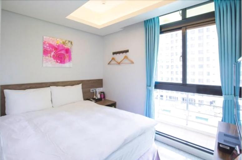 Hotel 99, Taichung