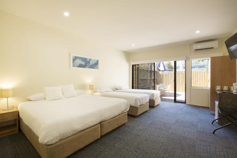 Nightcap at High Flyer Hotel, Bankstown  - North-West