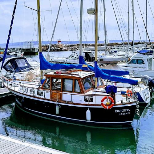 "Sailing Boat ""Brigida"", Oeiras"
