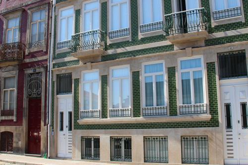 Firmeza Studio, Porto
