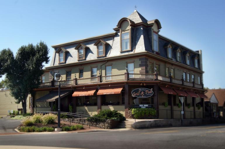 Altland House Inn and Suites, Adams