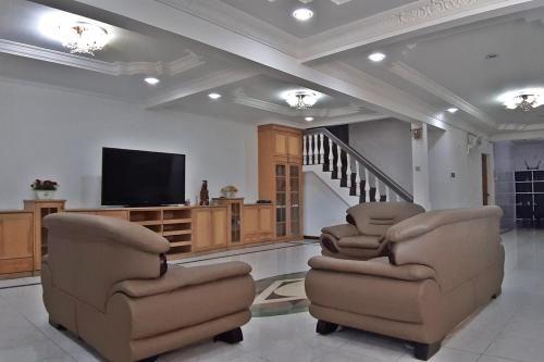 8号大房 House No 8, Kota Kinabalu