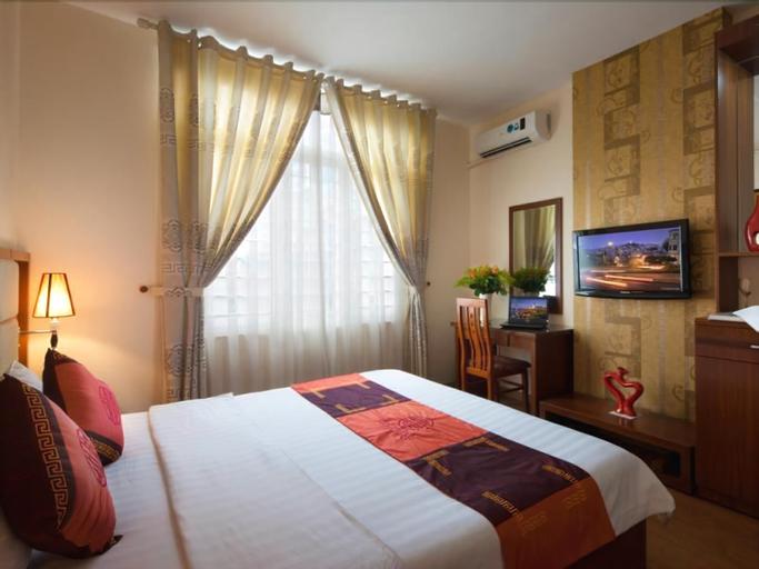 Brandi Hanoi Hotel, Cầu Giấy