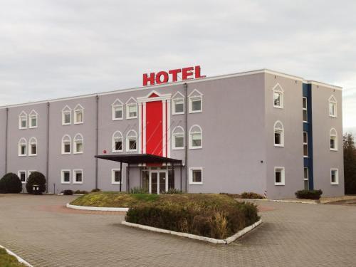 Hotel Holidays, Słubice