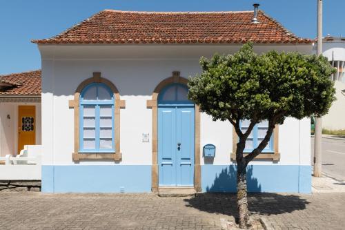 Furadouro Surf Camp (House), Ovar