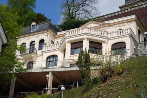 BEDAs - Villa Stapel, Trier