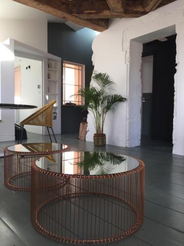 Les Appartements Particuliers - Un studio ou un grand appartement pour sejourner en plein cœur de Na, Meurthe-et-Moselle