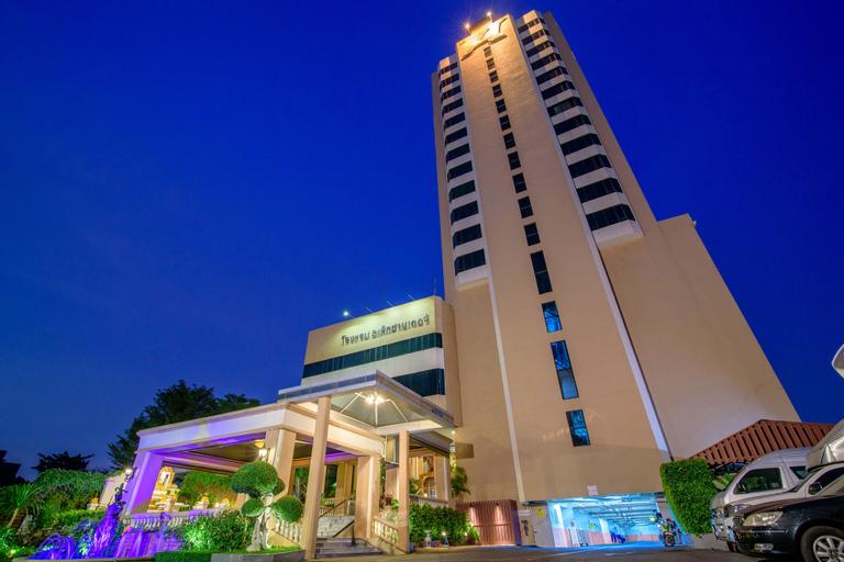 Alexander Hotel, Bang Kapi