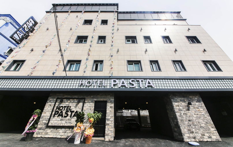Jinhae Pasta Hotel, Jinhae