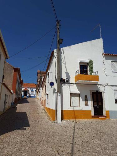 Casa Girassol, Santiago do Cacém