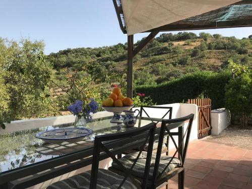 Casa Olivia - Charming renovated farmhouse with panoramic views, Alcoutim