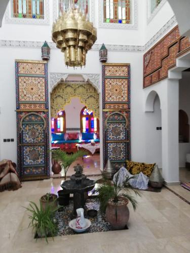 riad latou, Zouagha-Moulay Yacoub