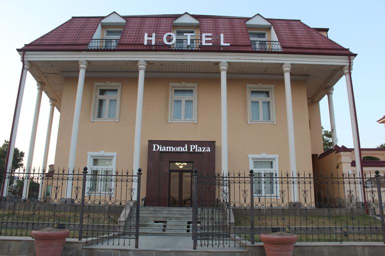 Diamond Plaza Hotel, Oqdaryo