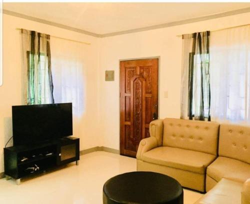 Samal Island Cozy and Unique Whole House Staycation ,Babak - Samal - Kaputian Road, Samal City