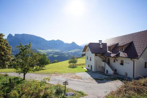 Brunnerhof-Schrof, Bolzano