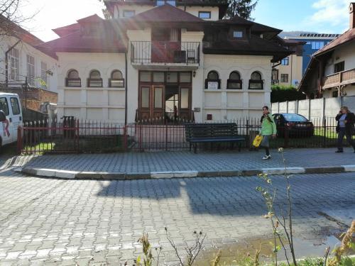 Vila Matei, Livadia