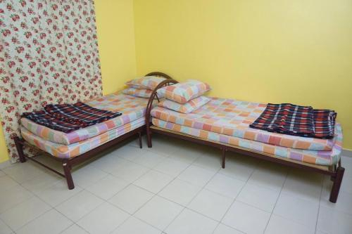ROOM STAY D PERMATANG, Manjung