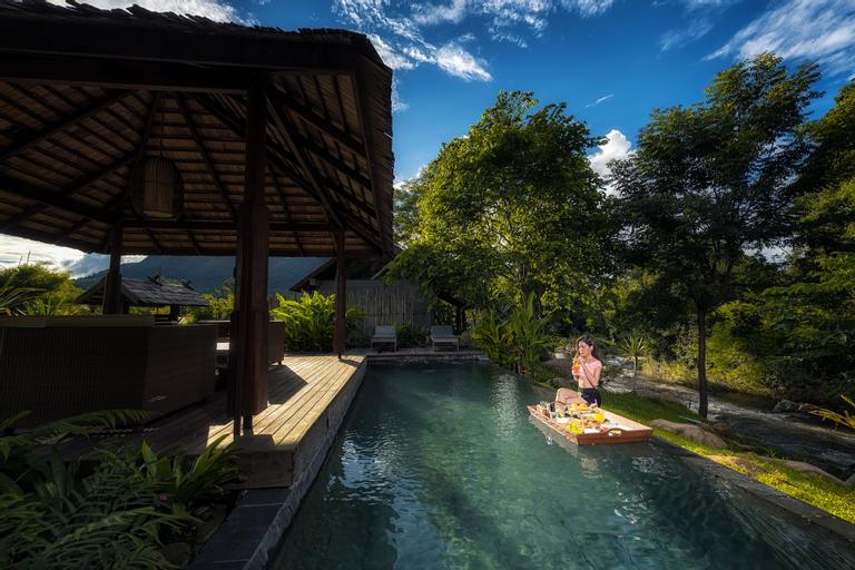 Namkat Yorla Pa Resort, Xay
