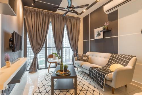 Nest Stay @ KL Traders Pool View (3 Bedroom), Kuala Lumpur