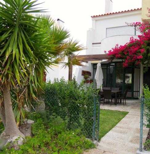 Casa Braites Moradia T3 Soltroia Mar, Grândola