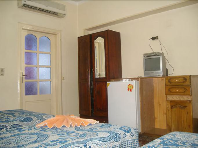 King Tut Hostel, Qasr an-Nil