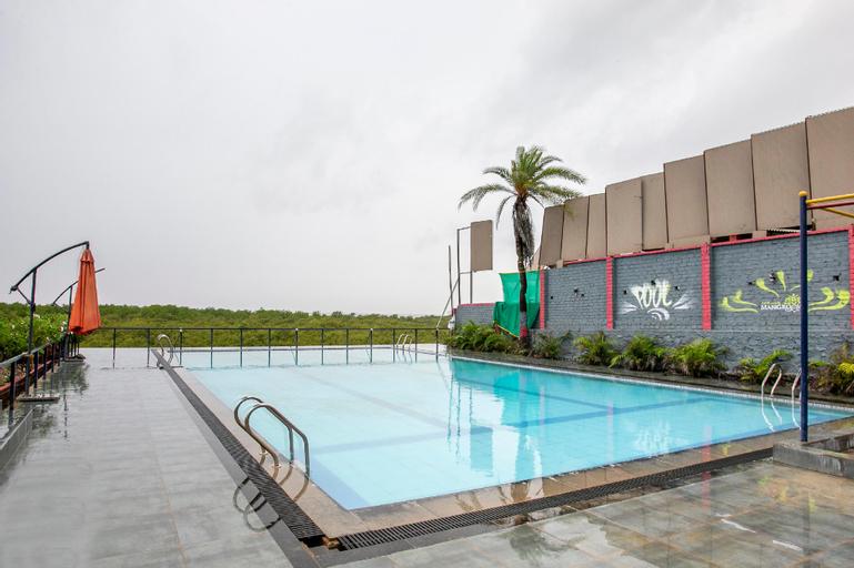 Capital O 41663 Mangroove Resort, Palghar